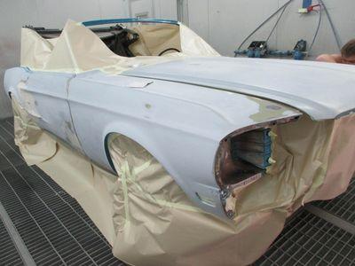 Mustang Restoration 20 800X600