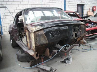 Mustang Restoration 15 800X600