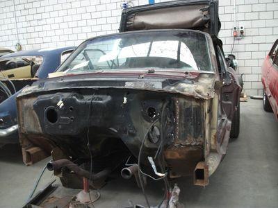 Mustang Restoration 23 800X600