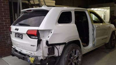 Refit time after spraypainting Jeep Cherokee