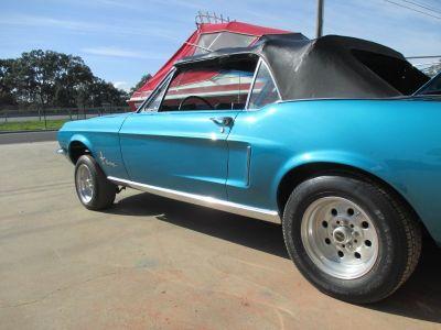 Mustang Restoration 32 800X600