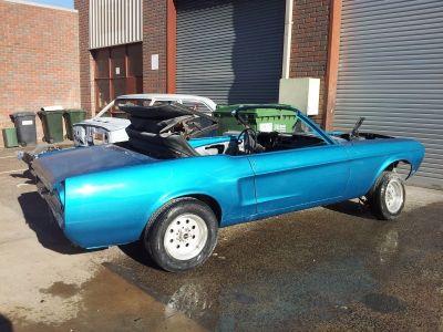 Mustang Restoration 1 800X600