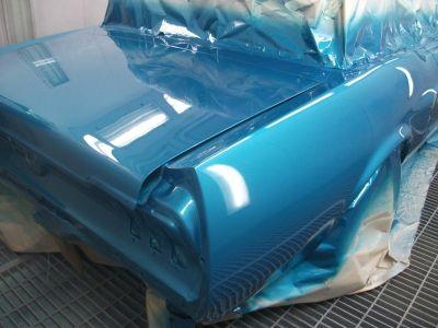 Mustang Restoration 28 800X600